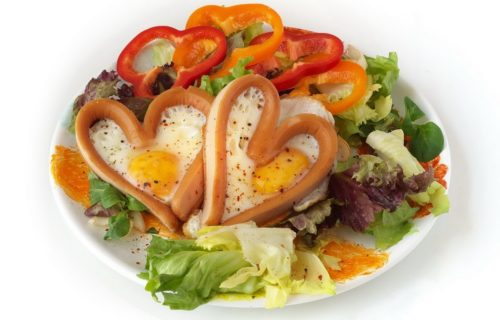 Peppers and Eggs Made into Hearts | Scarsdale Diet | DIETSiTRIED